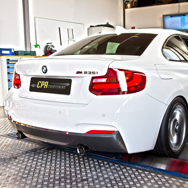 The BMW M235i on the dyno